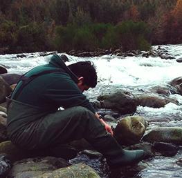 Pablo Fierro Retamal  desarrolla estudio que establece cómo los residuos han cambiado la biodiversidad de los ríos en Chile